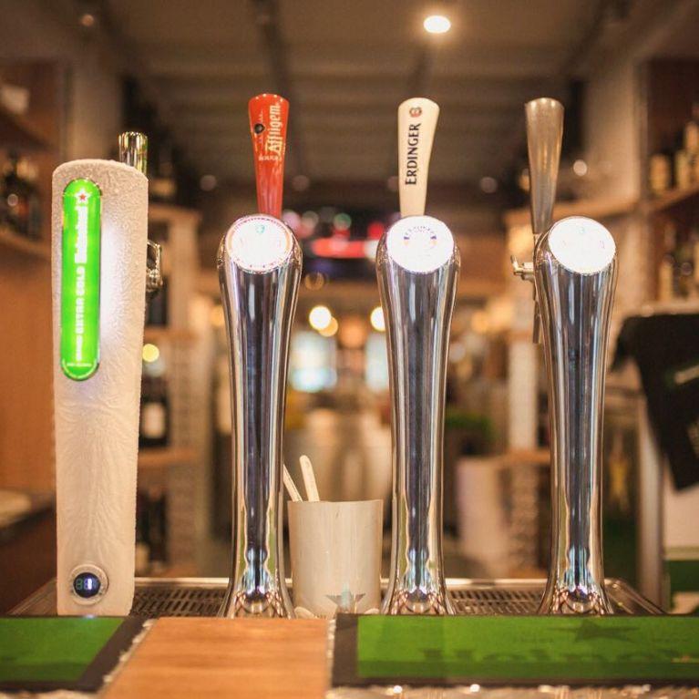 Vista distributore birra alla spina