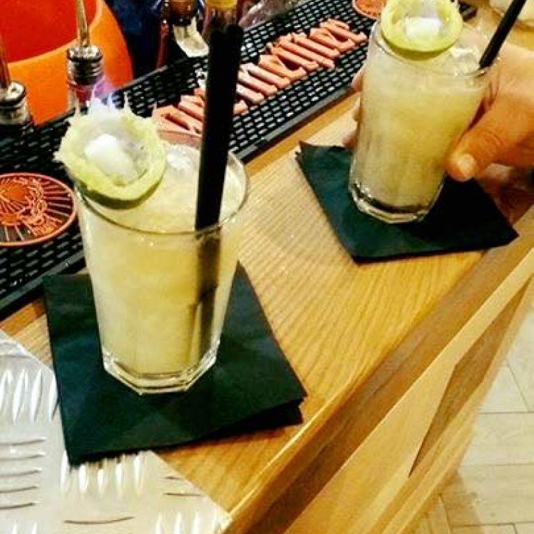 Cocktail su bancone